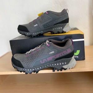 La Sportiva / Women's Size 7.5 / Hiking Shoes